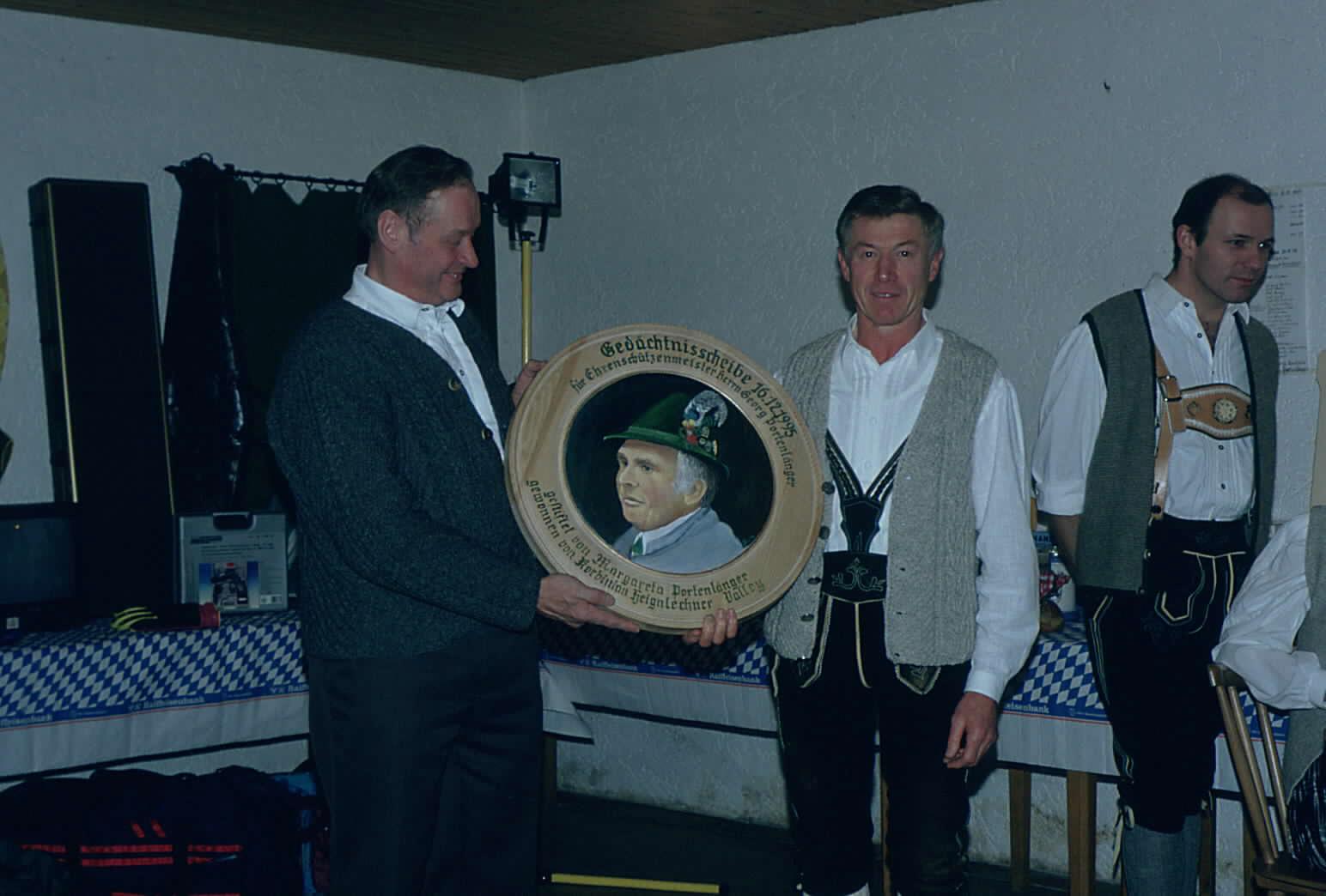 Preisverteilung Georg Portenlänger Gedächtnisschießen 1995